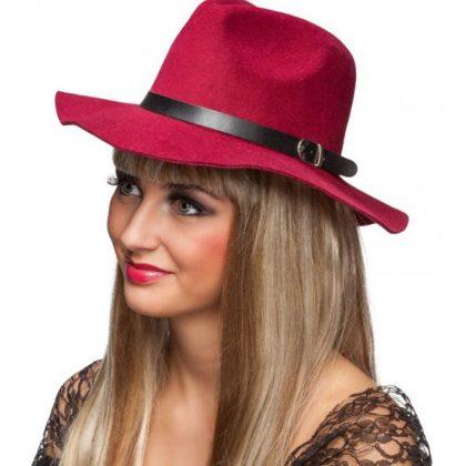 a2a68d6a517 dámský klobouk červený